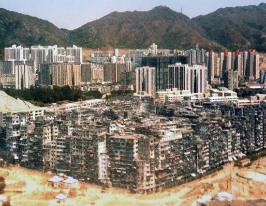 Kowloon Walled City, Hong Kong, photographed from an airplane, Dan Jacobson, http://jidanni.org/